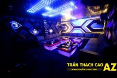 mau-tran-phong-karaoke-cong-ty-az-01