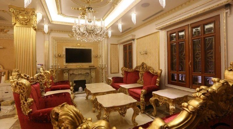 Trần thạch cao cổ điển với nội thất thiết kế mềm mại cho không gian sang trọng