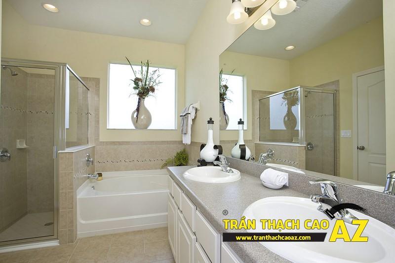 """Mẫu thiết kế trần thạch cao phòng tắm """"sang chảnh"""" 03"""