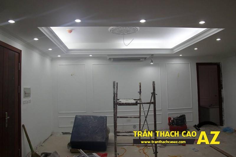 Cận cảnh tạo hình trần thạch cao phòng khách nhà anh Hưng 01