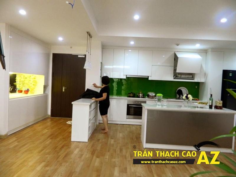 Trần thạch cao phòng bếp nhà chị Vân, Royal city