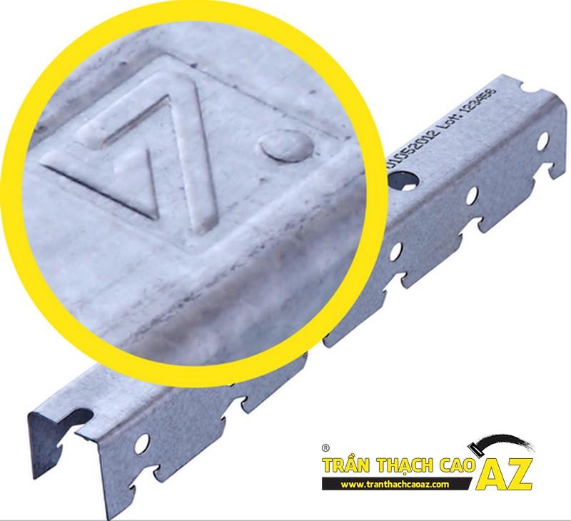 Cách nhận diện khung xương thạch cao Vĩnh Tường qua hình logo