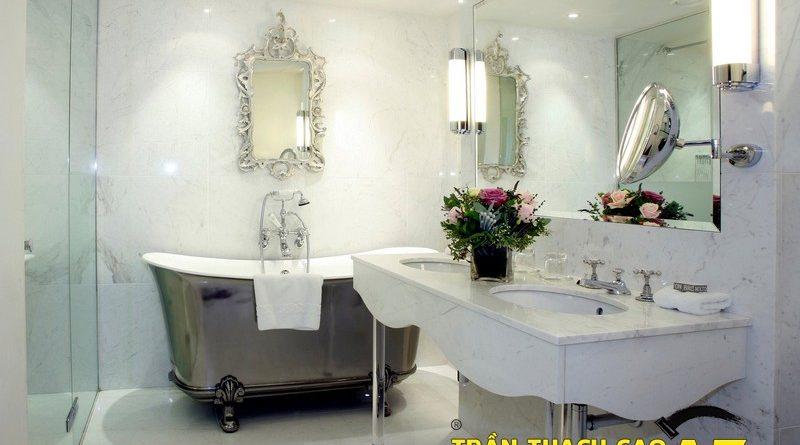 Làm trần thạch cao chịu nước, chịu ẩm cho phòng tắm hiện đại tiện nghi