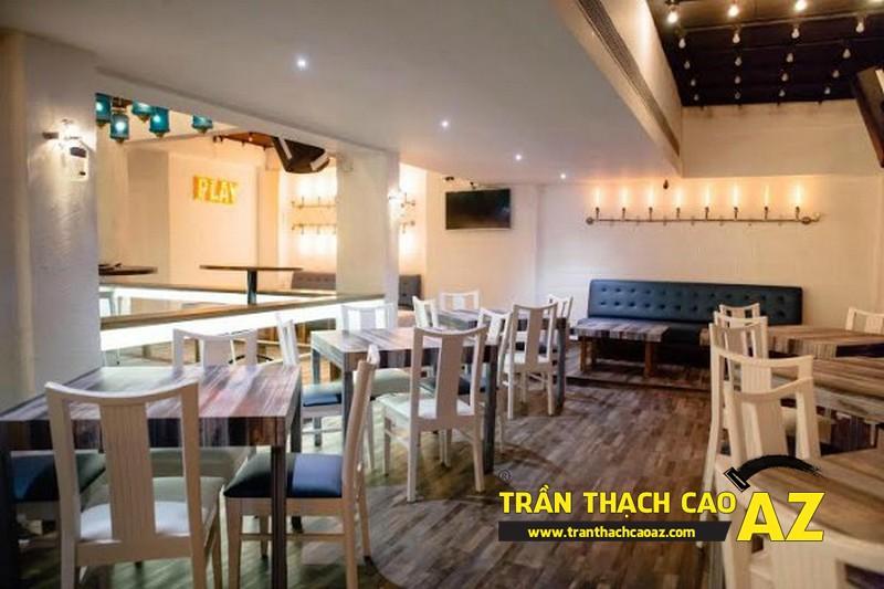 Mở rộng không gian quán cafe nhỏ với tạo hình trần thạch cao 01
