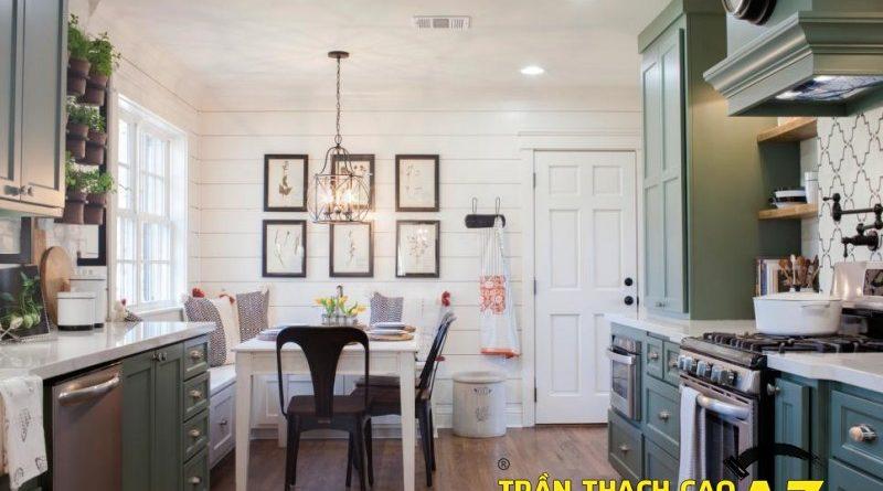 Thiết kế nội thất phòng bếp đẹp hiện đại nhờ tạo hình trần thạch cao
