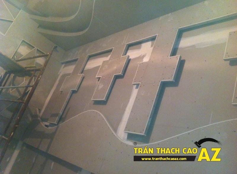 Phòng hát cực đẳng cấp nhờ tạo hình trần thạch cao quán karaoke của anh Nam 04