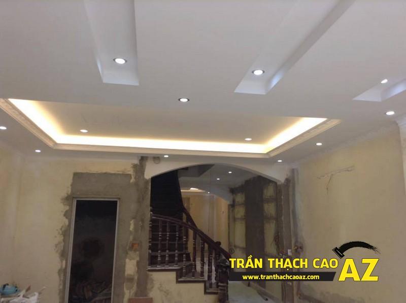 Thiết kế trần thạch cao phòng khách đậm chất đương đại nhà anh Lâm 01