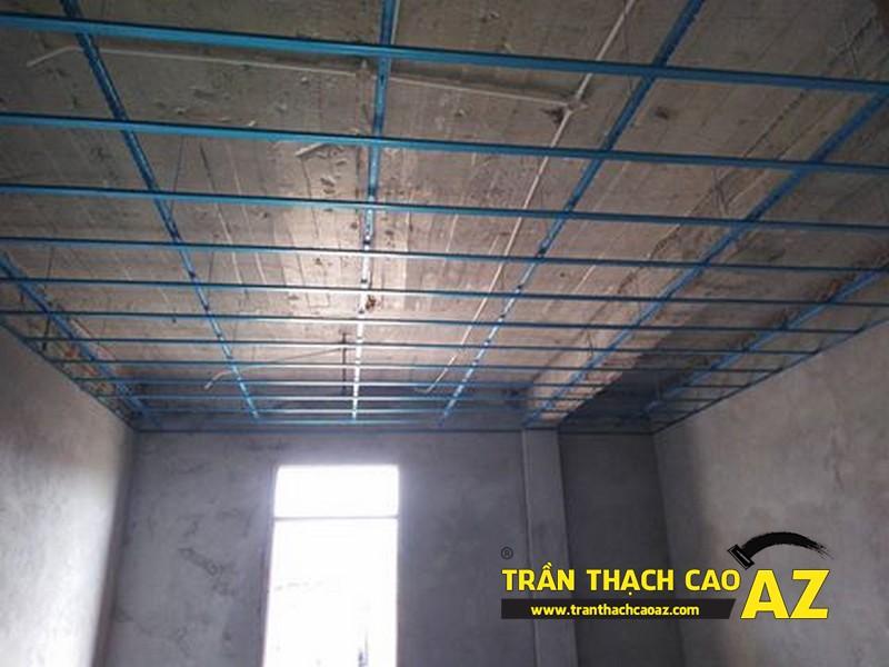 Thi công đi khung xương trần thạch cao trụ sở bảo hiểm thị xã Phúc Yên 05