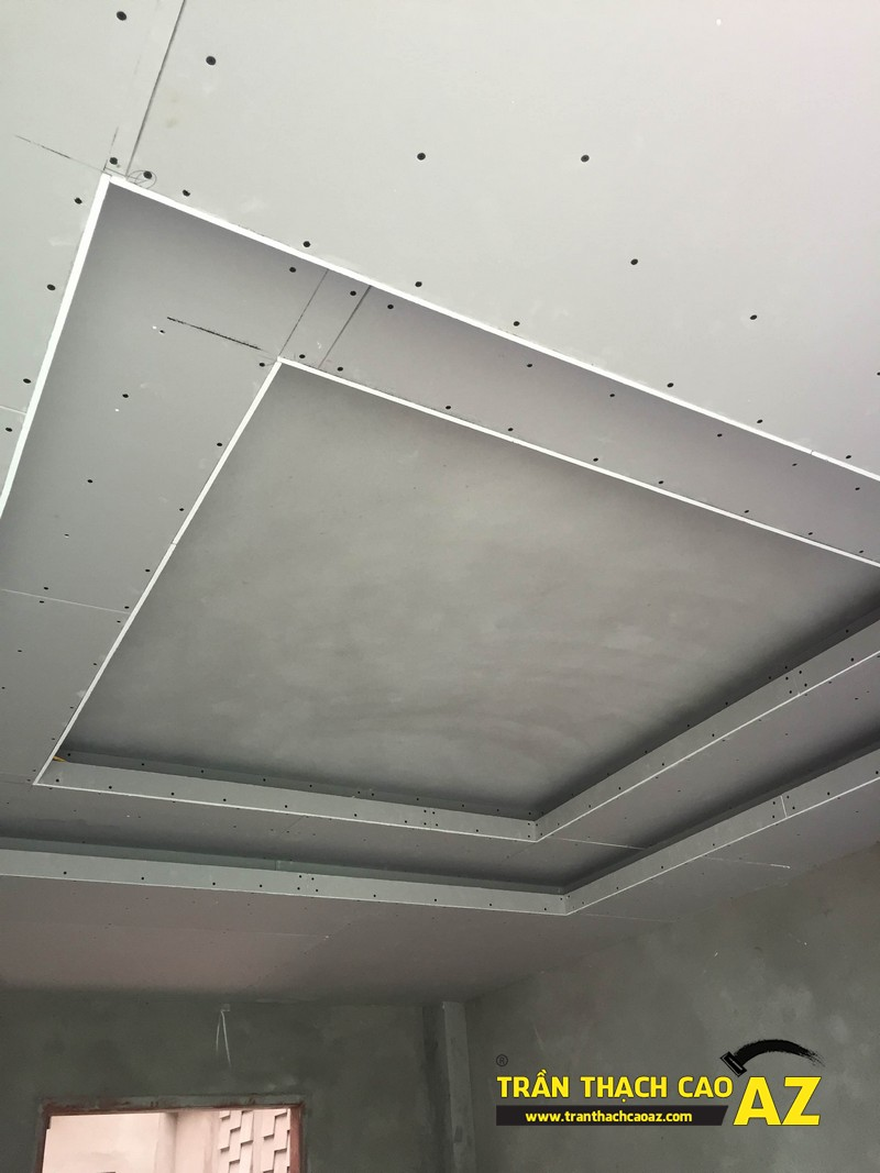 Hoàn thiện bắn tấm trần thạch cao phòng khách liền bếp nhà chị Hà 03