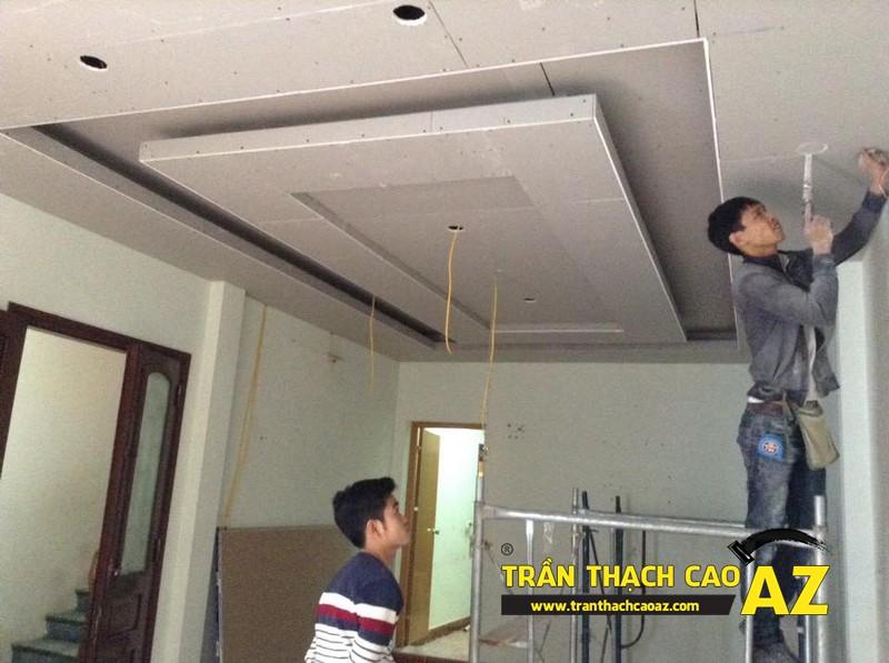 Sơn bả matit hoàn thiện trần thạch cao phòng khách rộng nhà anh Nhuận 04