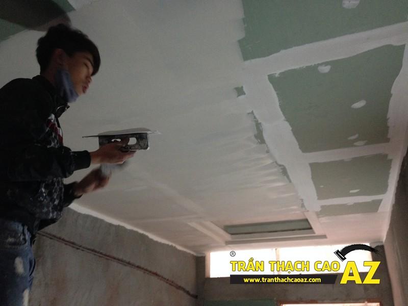 Thi công sơn bả matit trần thạch cao phòng bếp nhà anh Nhâm 04