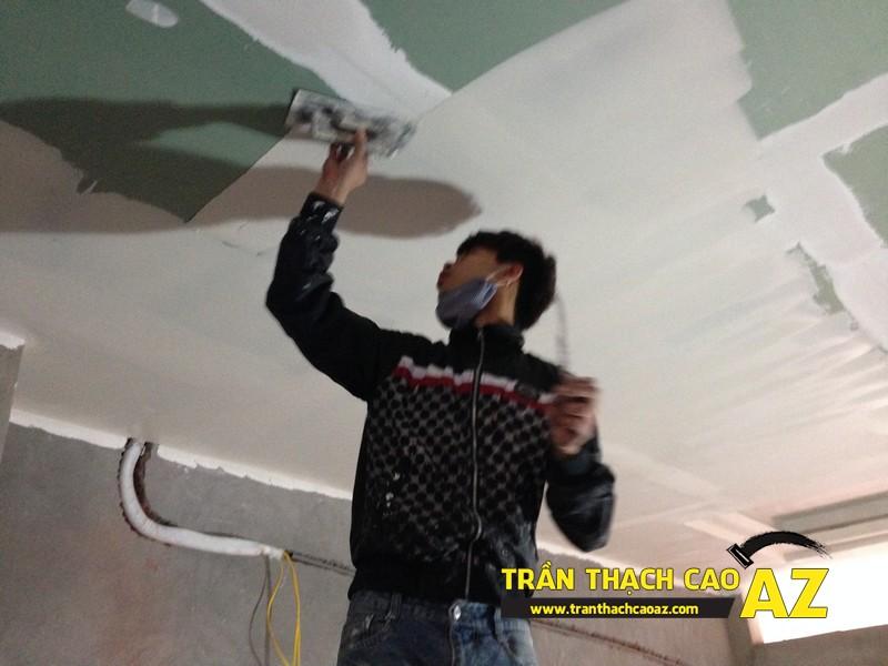Thi công sơn bả matit trần thạch cao phòng bếp nhà anh Nhâm 05