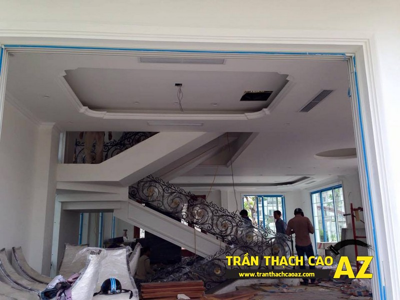 Thi công trần thạch cao cho biệt thự nhà chú Toàn tại thị trấn Yên Viên, Gia Lâm, Hà Nội