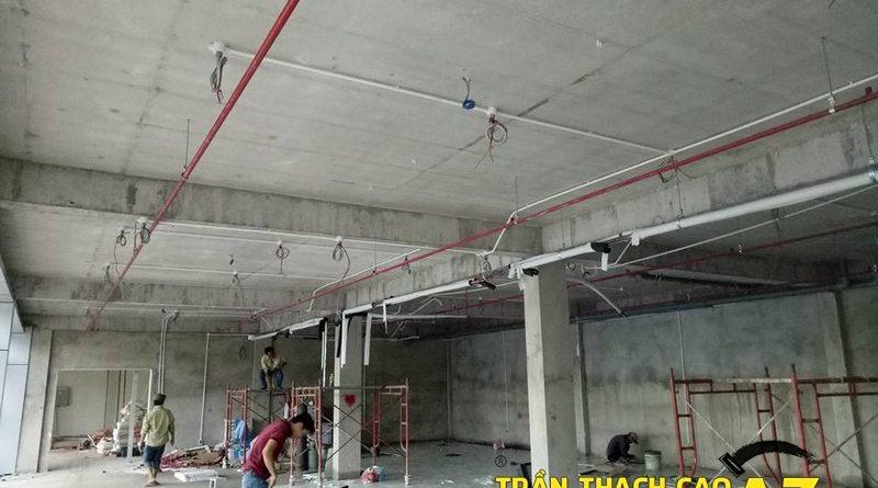 Thi công trần thạch cao cho nhà máy sản xuất linh kiện điện tử Samsung