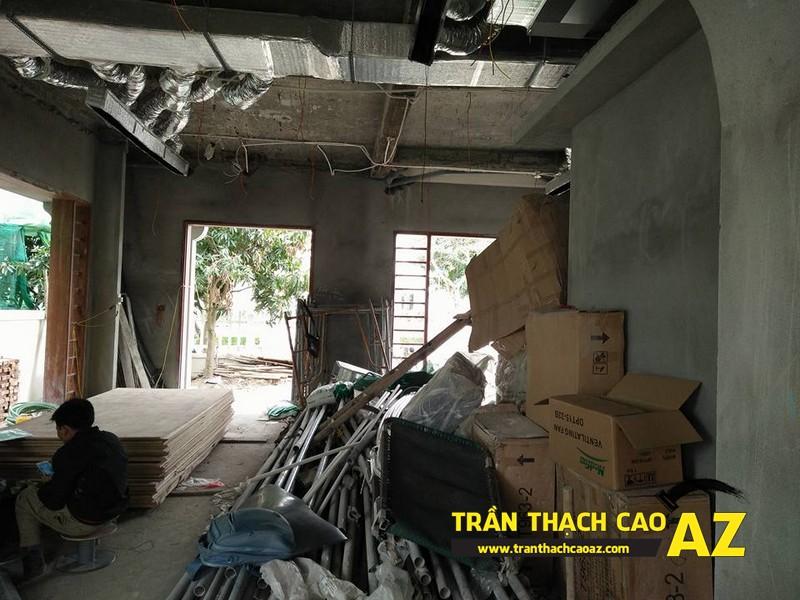 Thi công trần thạch cao biệt thự phòng khách nhà chú Đại 02
