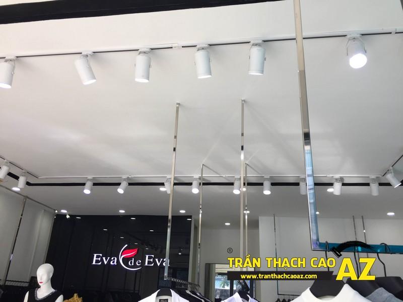 Thiết kế trần thạch cao đẹp quý phái của shop thời trang Eva De Eva Hà Nam 03