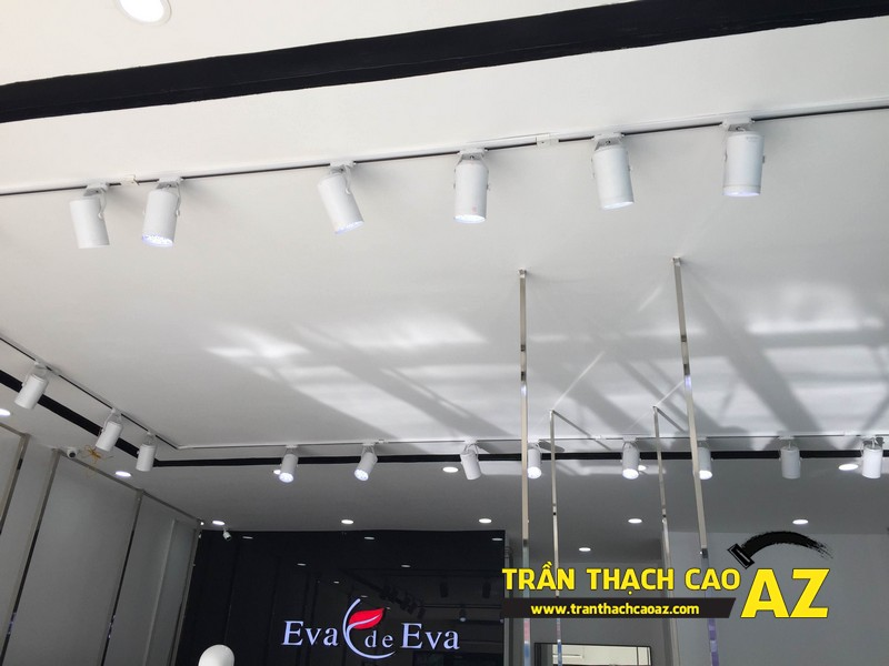 Thiết kế trần thạch cao đẹp quý phái của shop thời trang Eva De Eva Hà Nam 06