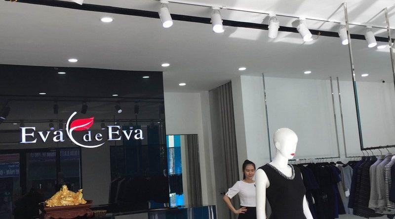 Tròn mắt ngắm thiết kế trần thạch cao đẹp quý phái của shop thời trang Eva De Eva Hà Nam