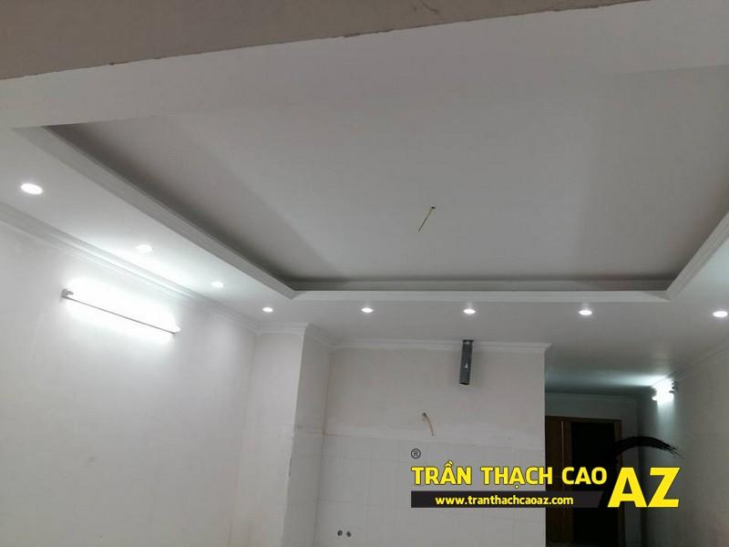 Thiết kế trần thạch cao phòng khách đẹp hiện đại nhà chú Hòa 02