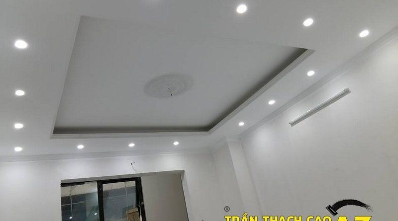 Thiết kế trần thạch cao phòng khách đẹp hiện đại nhà chú Hòa, ngõ 376, đường Bưởi