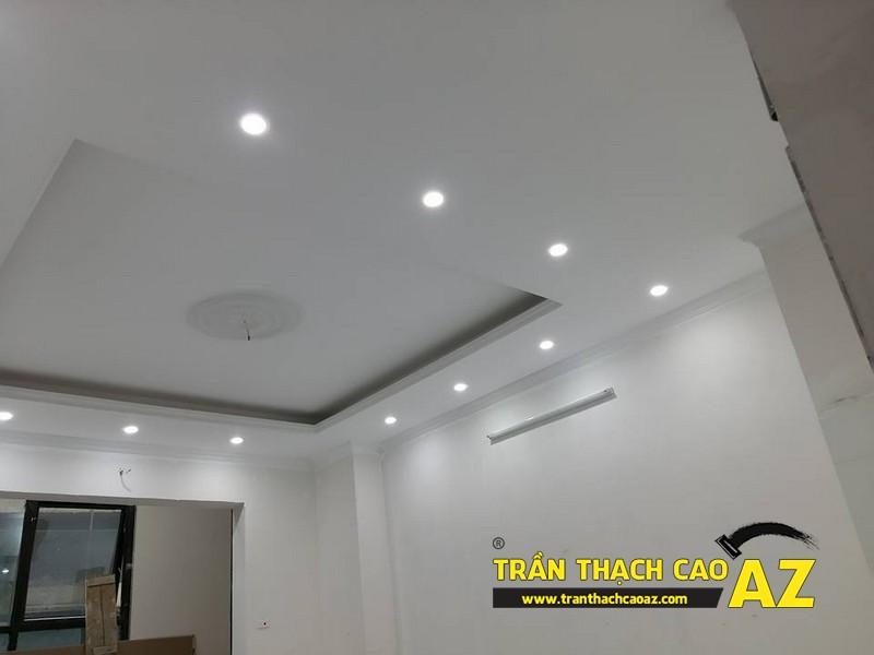 Thiết kế trần thạch cao phòng khách đẹp hiện đại nhà chú Hòa 01