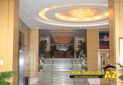 Thiết kế trần thạch cao sảnh đẹp sang trọng, hiện đại của Khách sạn 2-9 Hà Nam