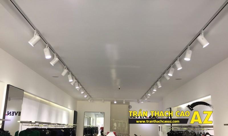 Thiết kế trần thạch cao shop đẹp đẳng cấp của cửa hàng Seven.am Hà Nam 03
