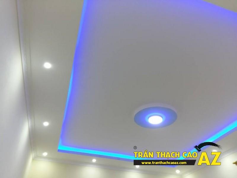 Thiết kế trần thạch cao phòng khách nhỏ đẹp nổi bật nhà anh Huân 02