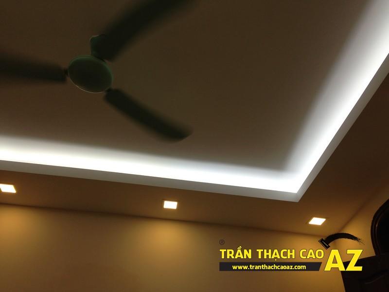 Thiết kế trần thạch cao phòng khách theo kiểu trần giật cấp nhà anh Tài 01
