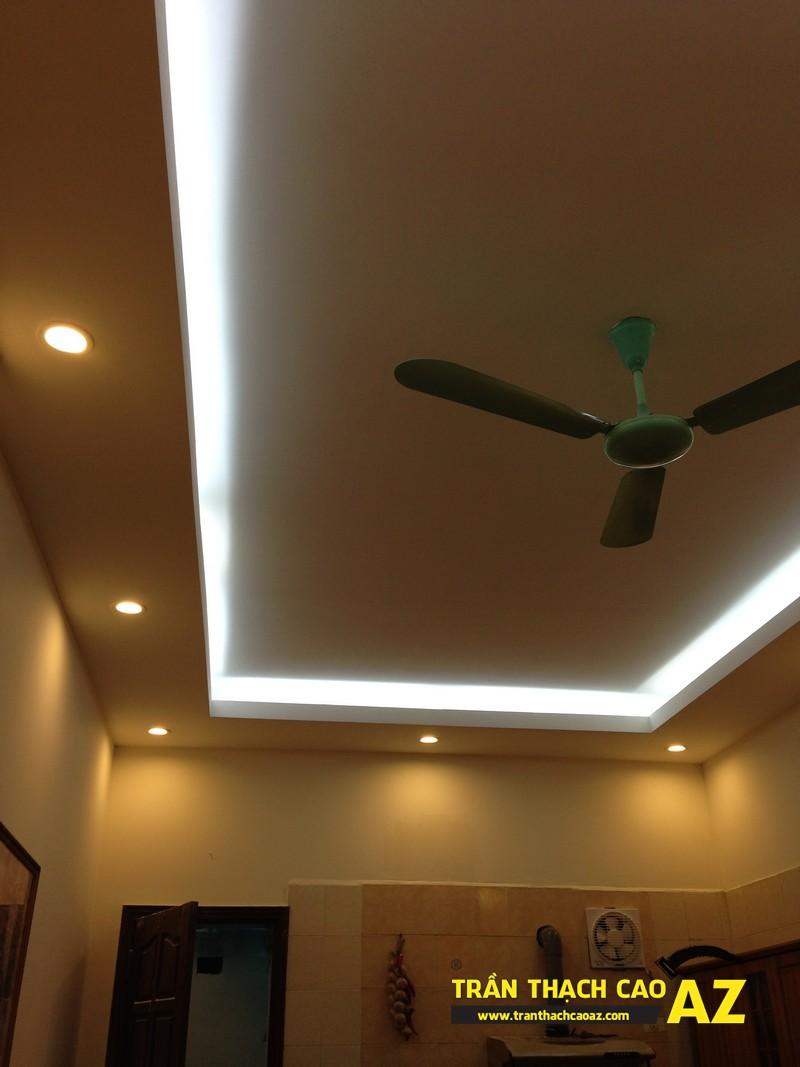 Thiết kế trần thạch cao phòng bếp theo kiểu trần giật cấp nhà anh Tài 05