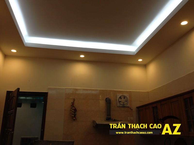 Thiết kế trần thạch cao phòng bếp theo kiểu trần giật cấp nhà anh Tài 03