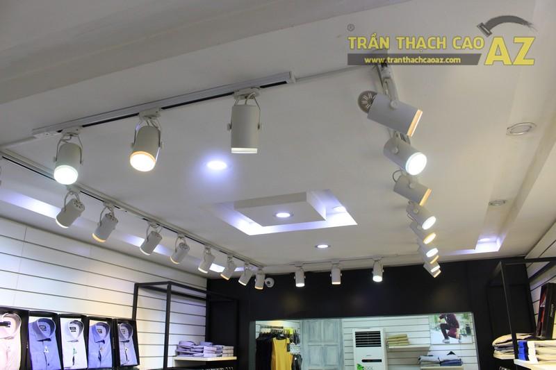 Aristino lịch lãm, hiện đại nhờ mẫu trần thạch cao shop đẹp ở Phạm Ngọc Thạch - 01