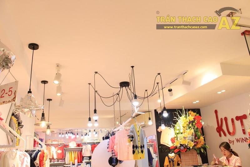 Cách bố trí đèn trần thạch cao đẹp độc đáo của shop KUTIE BY WINNY Phạm Ngọc Thạch - 01