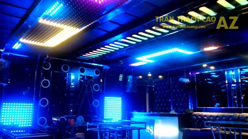 Cách phối màu đẹp xuất sắc ở trần thạch cao phòng karaoke - 01