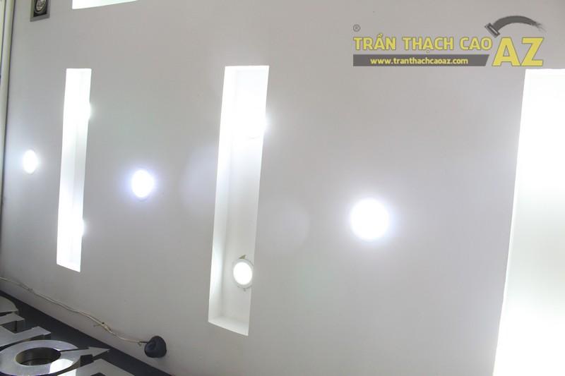 """""""Cực đã"""" với hiệu ứng ánh sáng đẹp lung linh của trần thạch cao shop MEN Collection - 05"""
