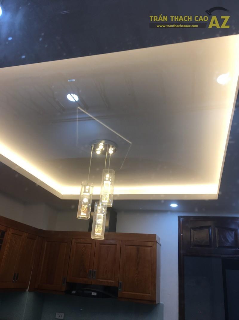 Thiết kế trần thạch cao phòng bếp đẹp hiện đại của gia đình anh Bảy - 02