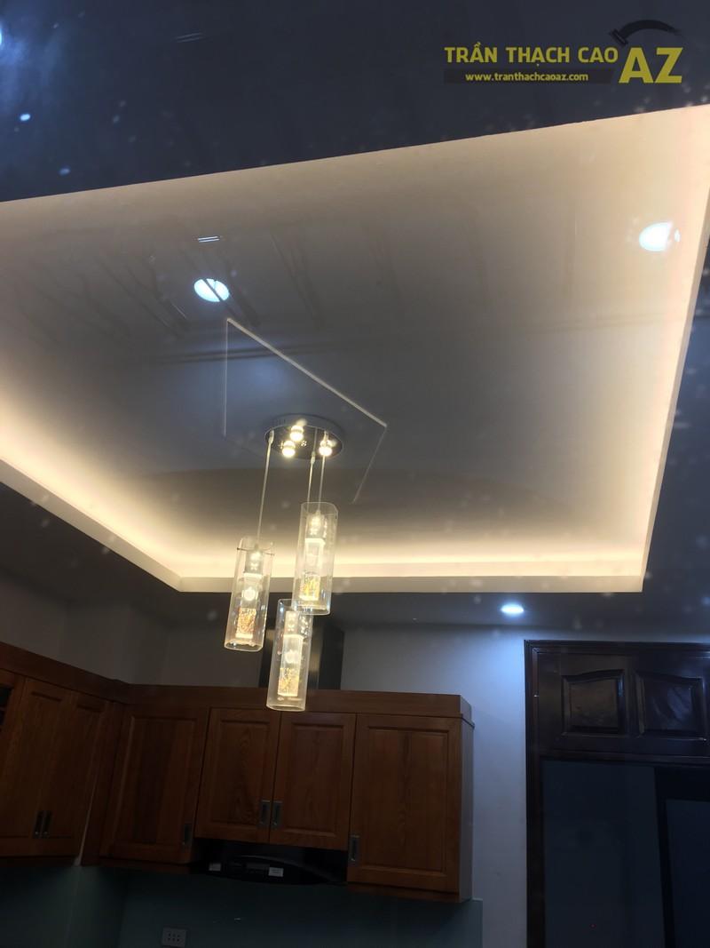 Thiết kế trần thạch cao phòng bếp đẹp hiện đại của gia đình anh Bảy - 01