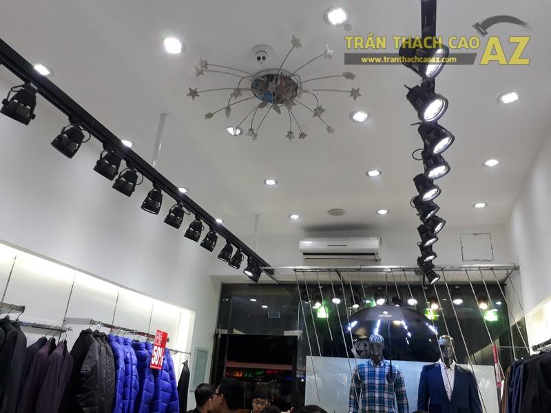 Mẫu trần thạch cao đẹp phá cách, cực ấn tượng của shop Phan Nguyễn, số 135 Chùa Bộc - 04