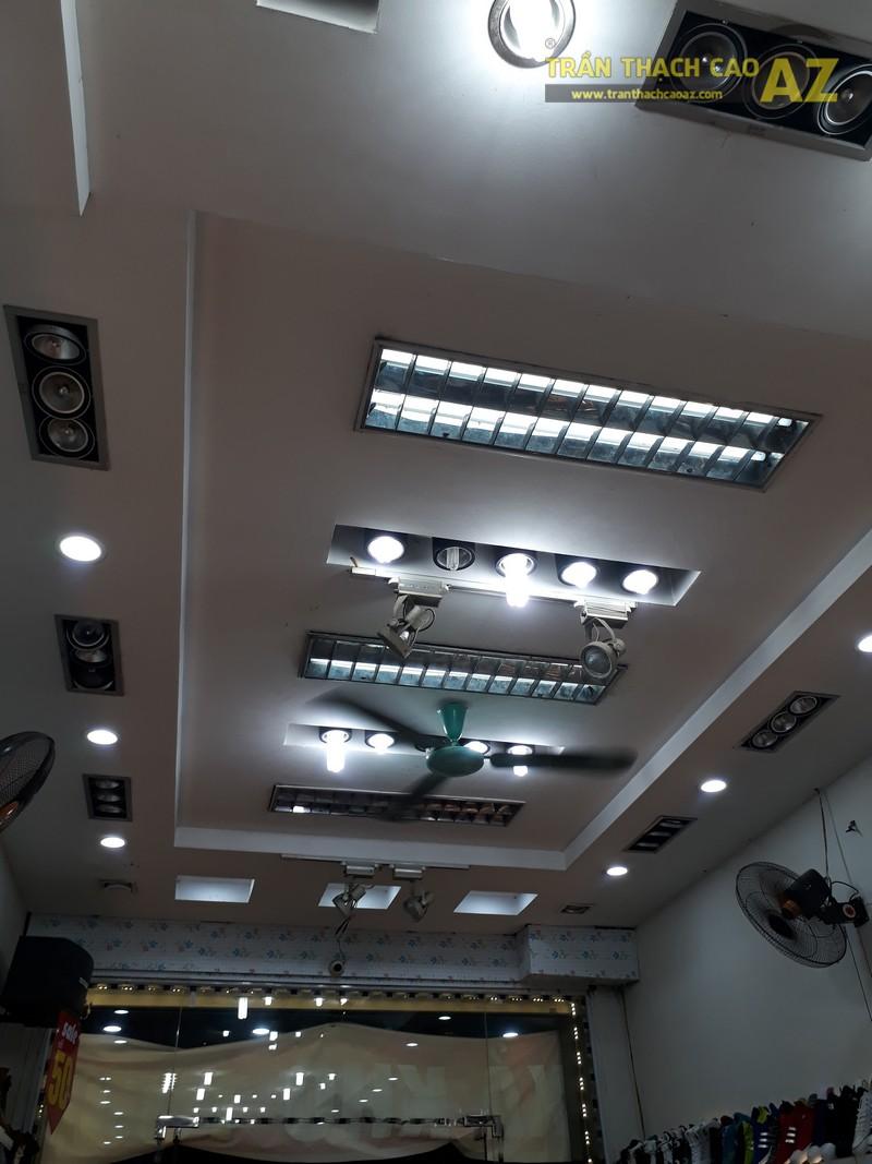 Shop giày Tùng Moscow hút khách nhờ thiết kế trần thạch cao đẹp ấn tượng - 02