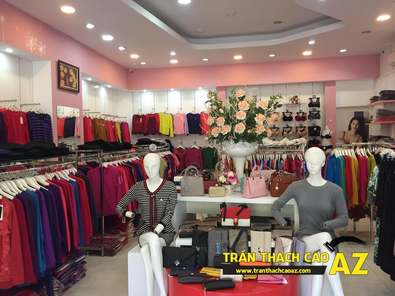 Shop Winny Hà Nam siêu đẹp, siêu hút khách với tạo hình trần thạch cao giật cấp 04