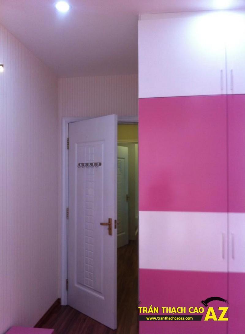 Cận cảnh thiết kế trần thạch cao phòng ngủcon gái chị Lan 01