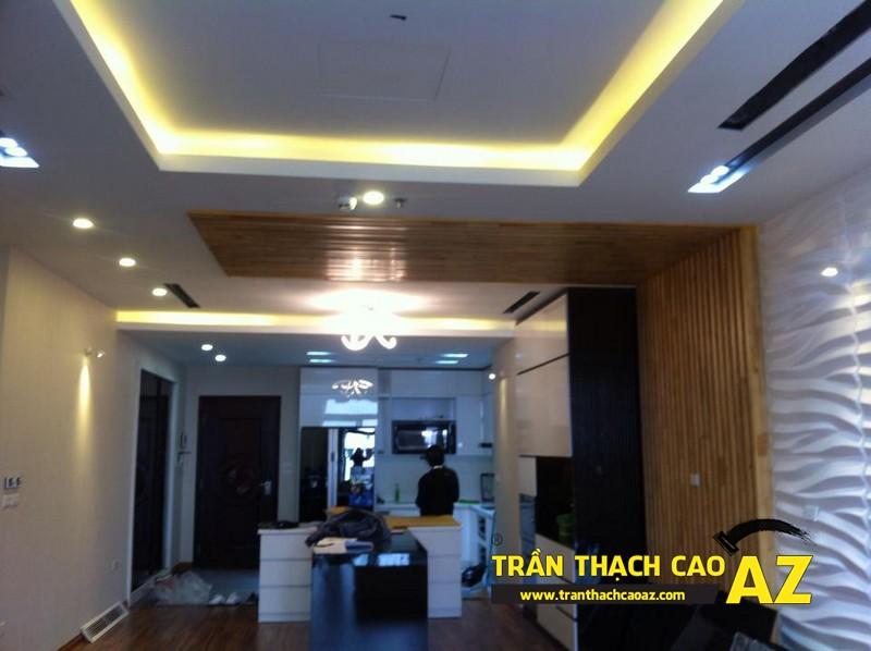 Thiết kế trần thạch cao phòng khách liền bếp đẹp nhà chị Lan 04