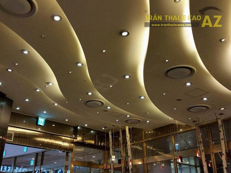 Thi công trần thạch cao cho đại sảnh trung tâm thương mại, khách sạn tại Hà Nội