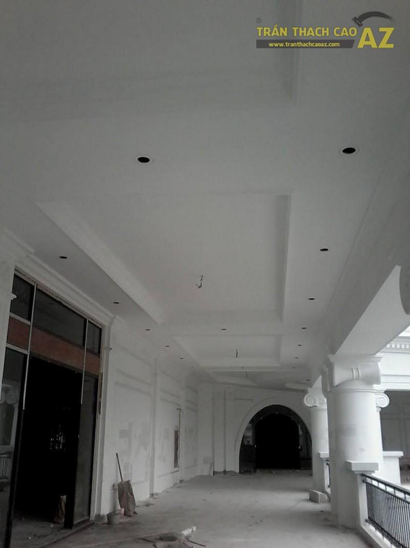 Thi công trần thạch cao đại sảnh trung tâm thương mại Vincom