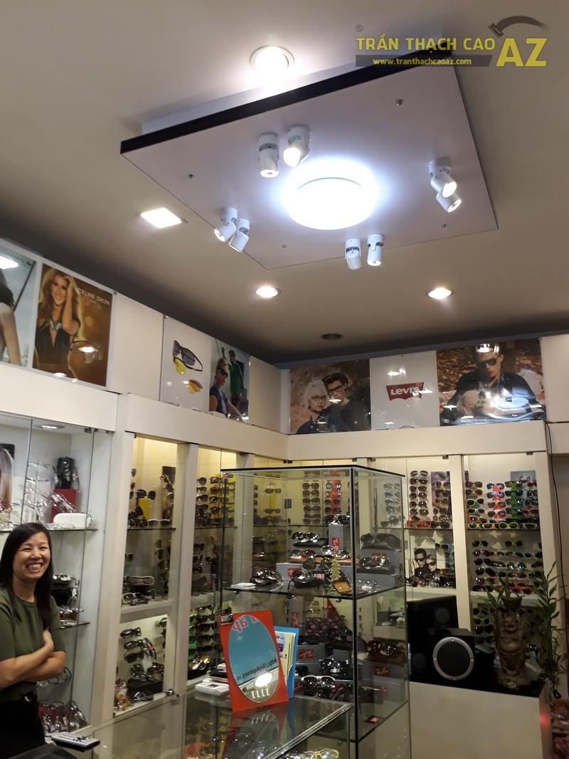 Thiết kế trần thạch cao đẹp ấn tượng của kính mắt Thanh Hương, số 91 Chùa Bộc - 03
