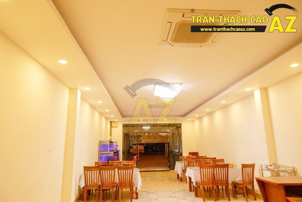 Thiết kế trần thạch cao đẹp sang trọng của nhà hàng Cá Minh Quân - 01
