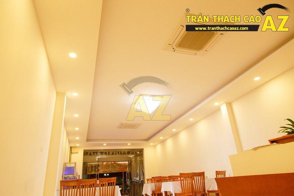 Thiết kế trần thạch cao đẹp sang trọng của nhà hàng Cá Minh Quân - 03