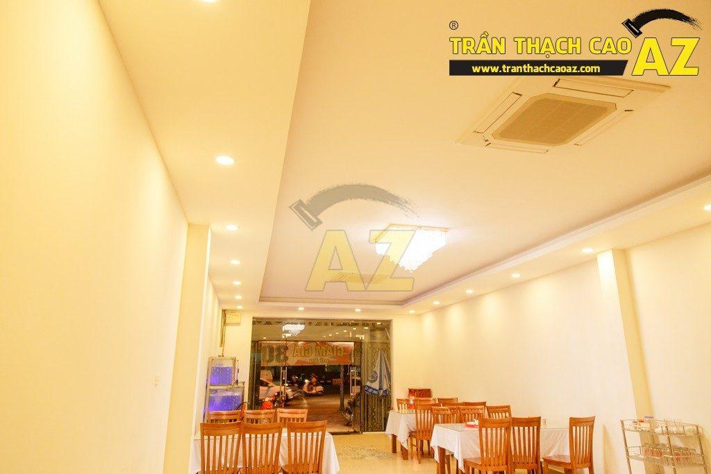 Thiết kế trần thạch cao đẹp sang trọng của nhà hàng Cá Minh Quân - 09