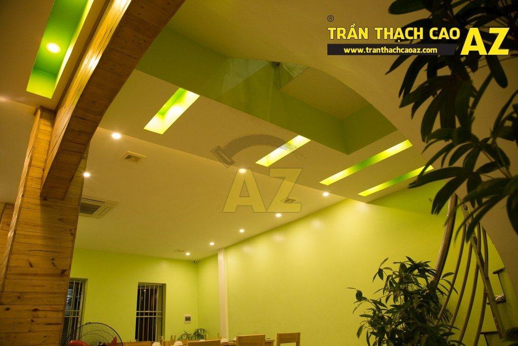 Trần thạch cao đẹp xuất sắc với cách phối màu hoàn hảo của nhà hàng Thắm Hùng - 07