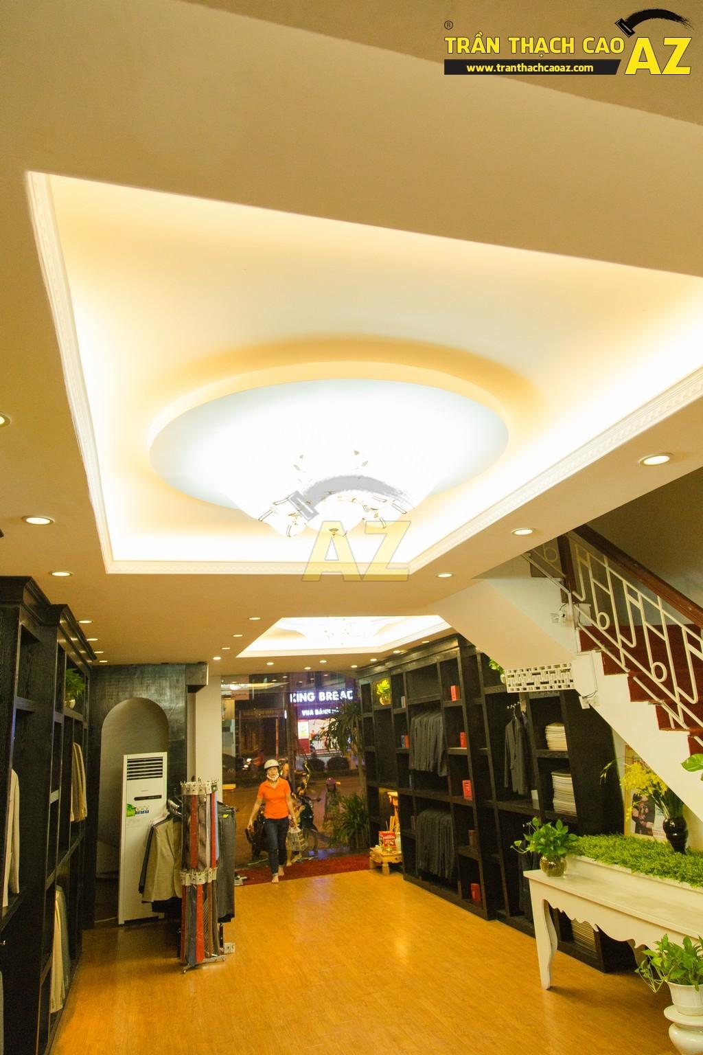 Thời trang Maria lịch lãm đầy lôi cuốn với mẫu trần thạch cao shop đẹp đẳng cấp - 04